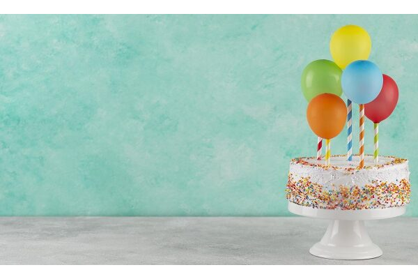 cake colorful balloons